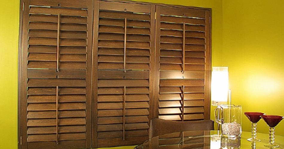 persienne design. Black Bedroom Furniture Sets. Home Design Ideas